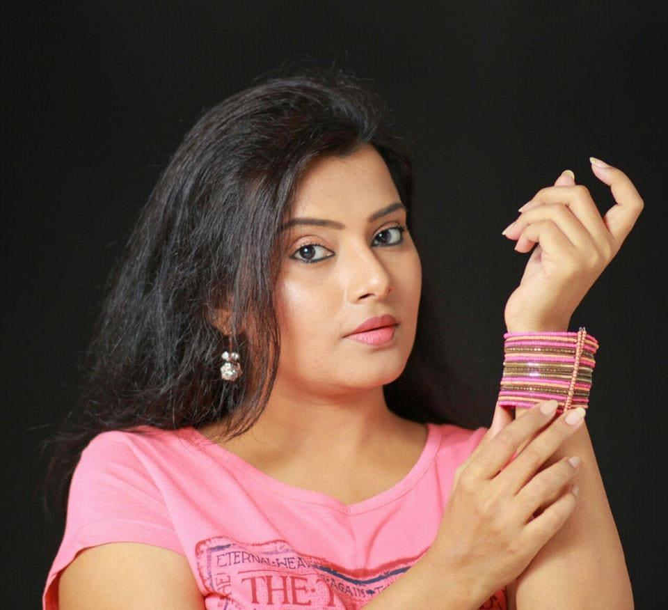 Shruthi Raj Photo 3