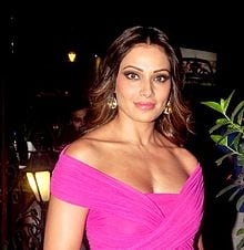 bipasha basu love yourself