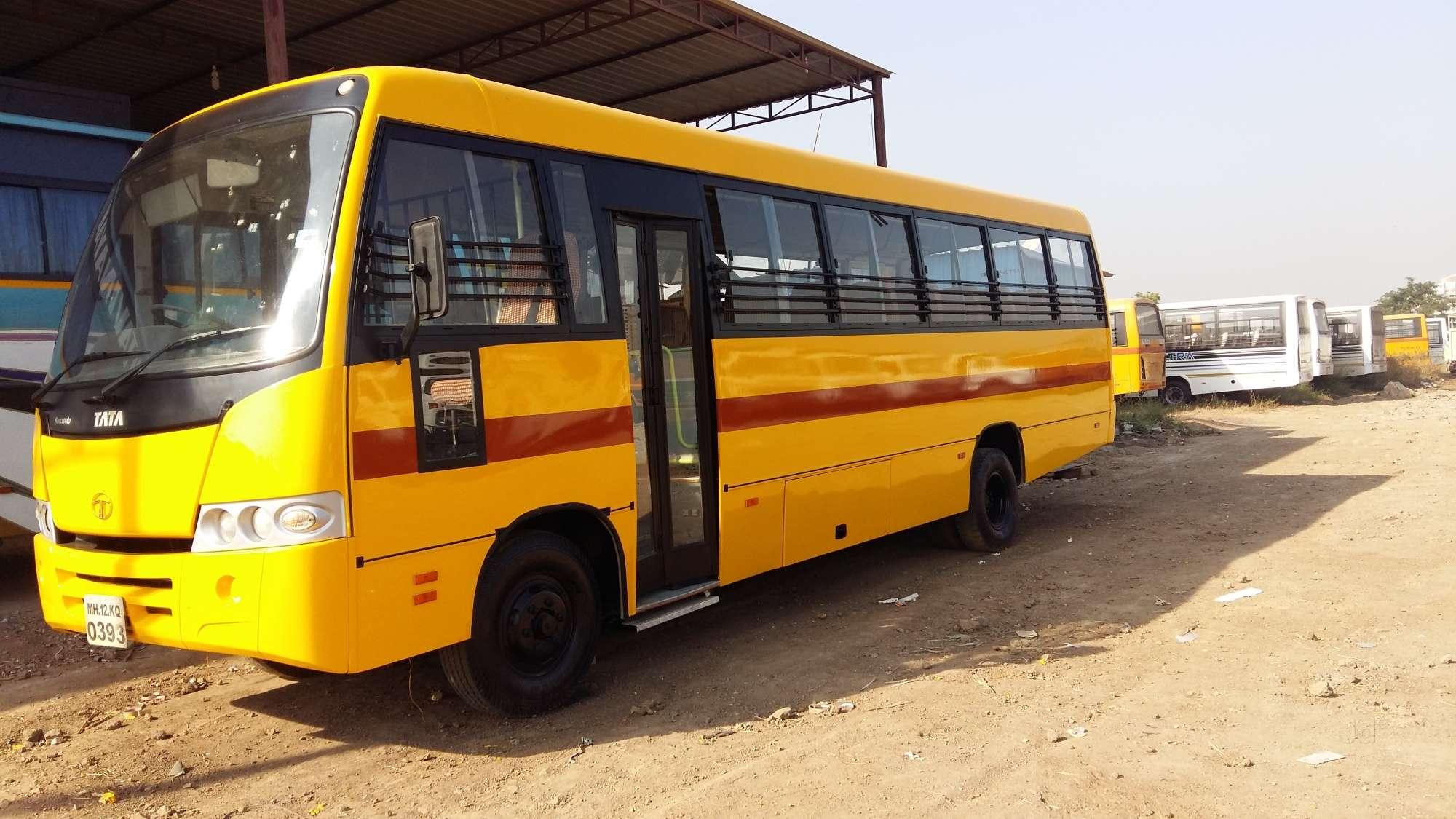 Top Second Hand School Bus Dealers in Pune - Best Used