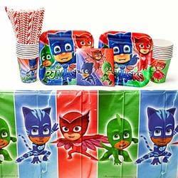Combined Brands Superman Birthday Party Favor Masks Bundle Pack of 16