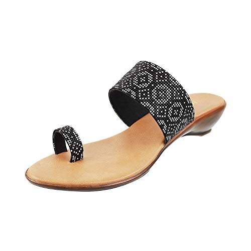 Buy Mochi Women S Black Fashion Sandals 4 Uk 37 Eu 32 372 Features Price Reviews Online In India Justdial