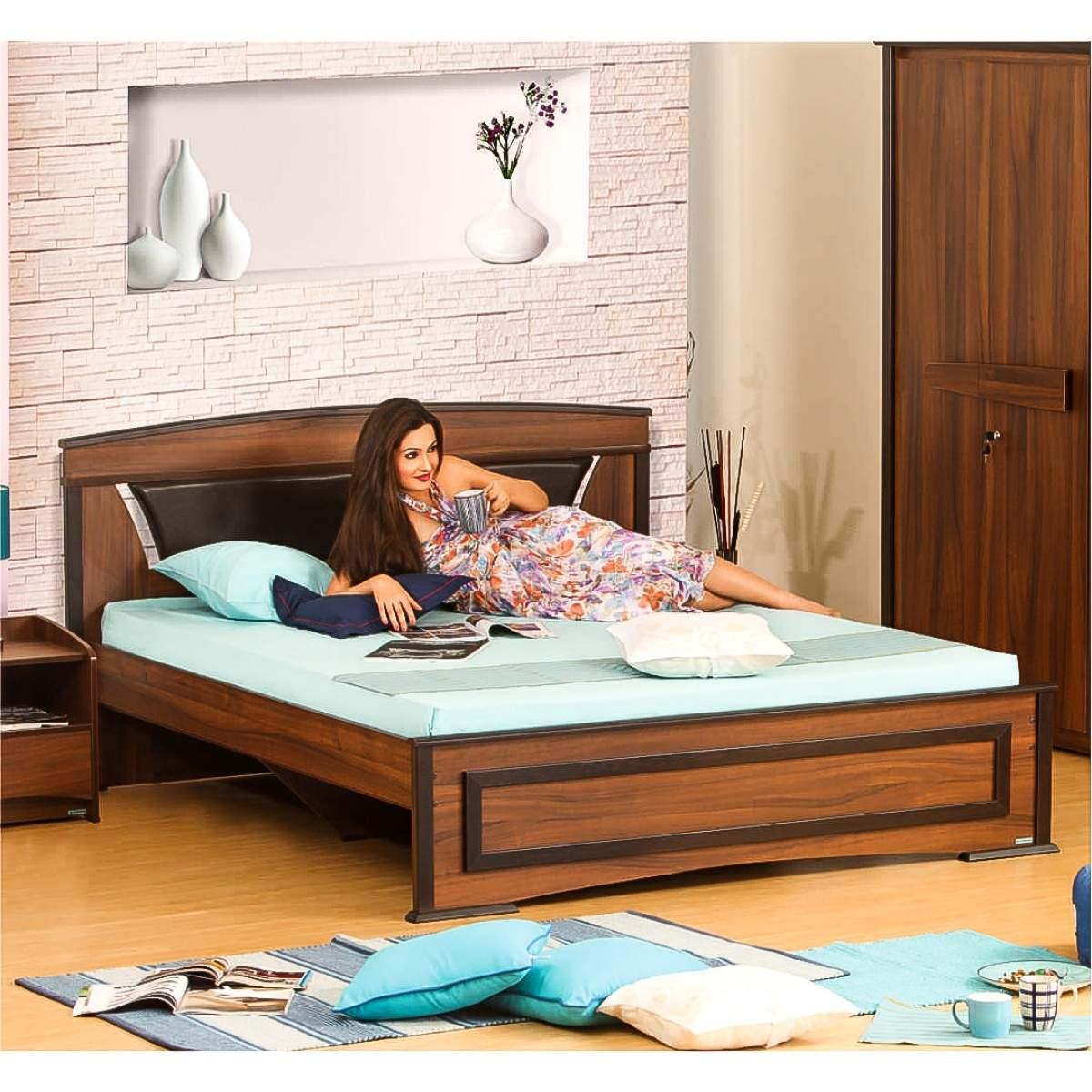 Buy Damro Feori 3 Piece Bedroom Set Features Price Reviews Online In India Justdial
